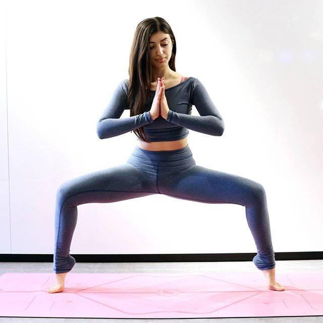 практика йоги зимой