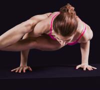 Йога: балансы на руках