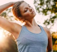 разминка шеи в йоге
