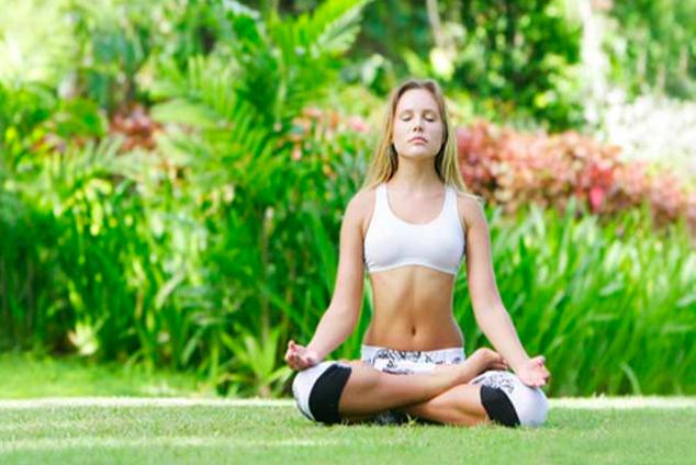 йога при болезненных месячных