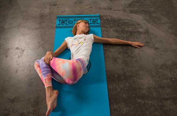 скрутки в йоге
