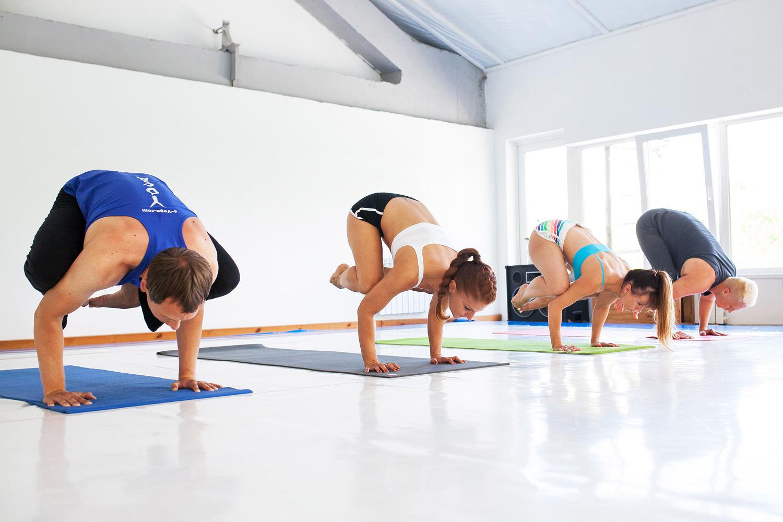 йога - делает людей уверенными в себе