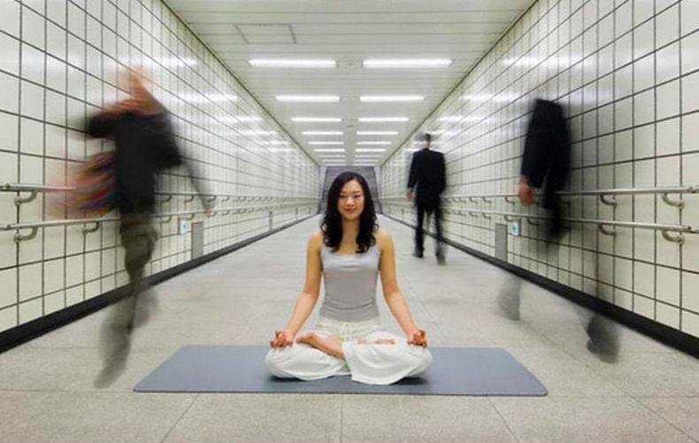йога: как избавиться от одиночества