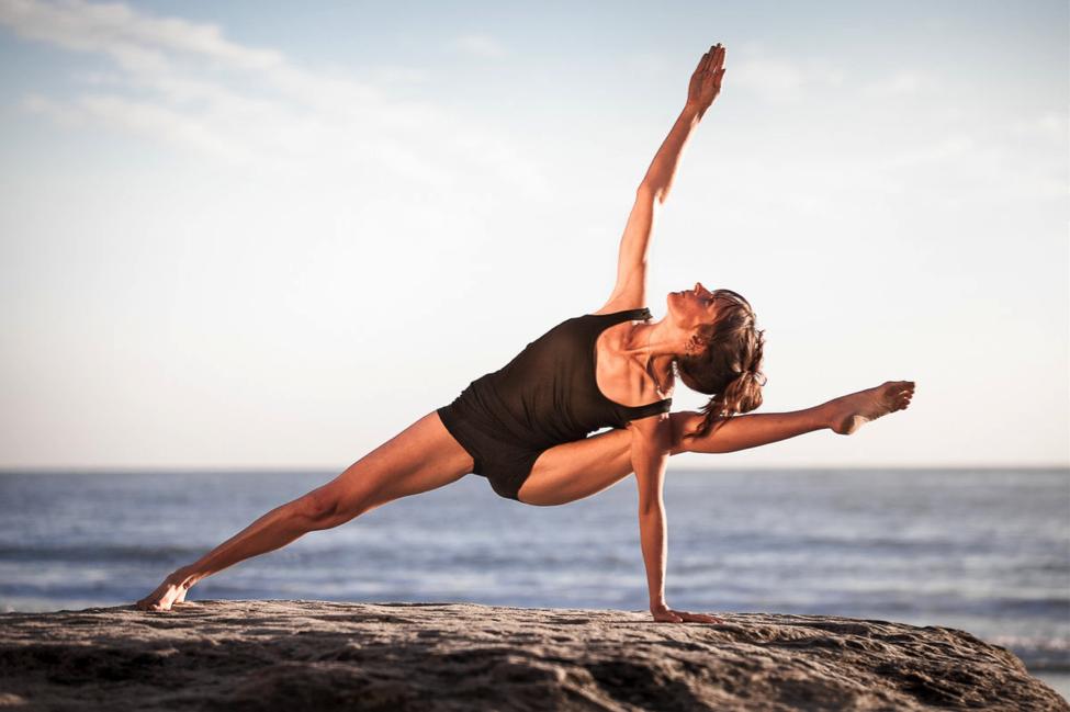 профессиональный инструктор по йоге