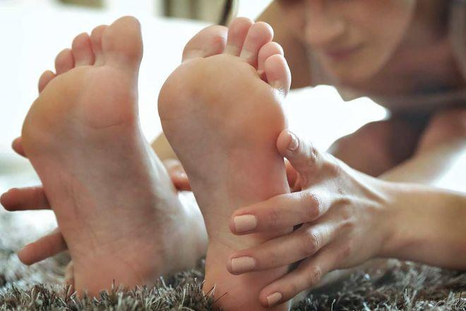 работа со стопами в йоге