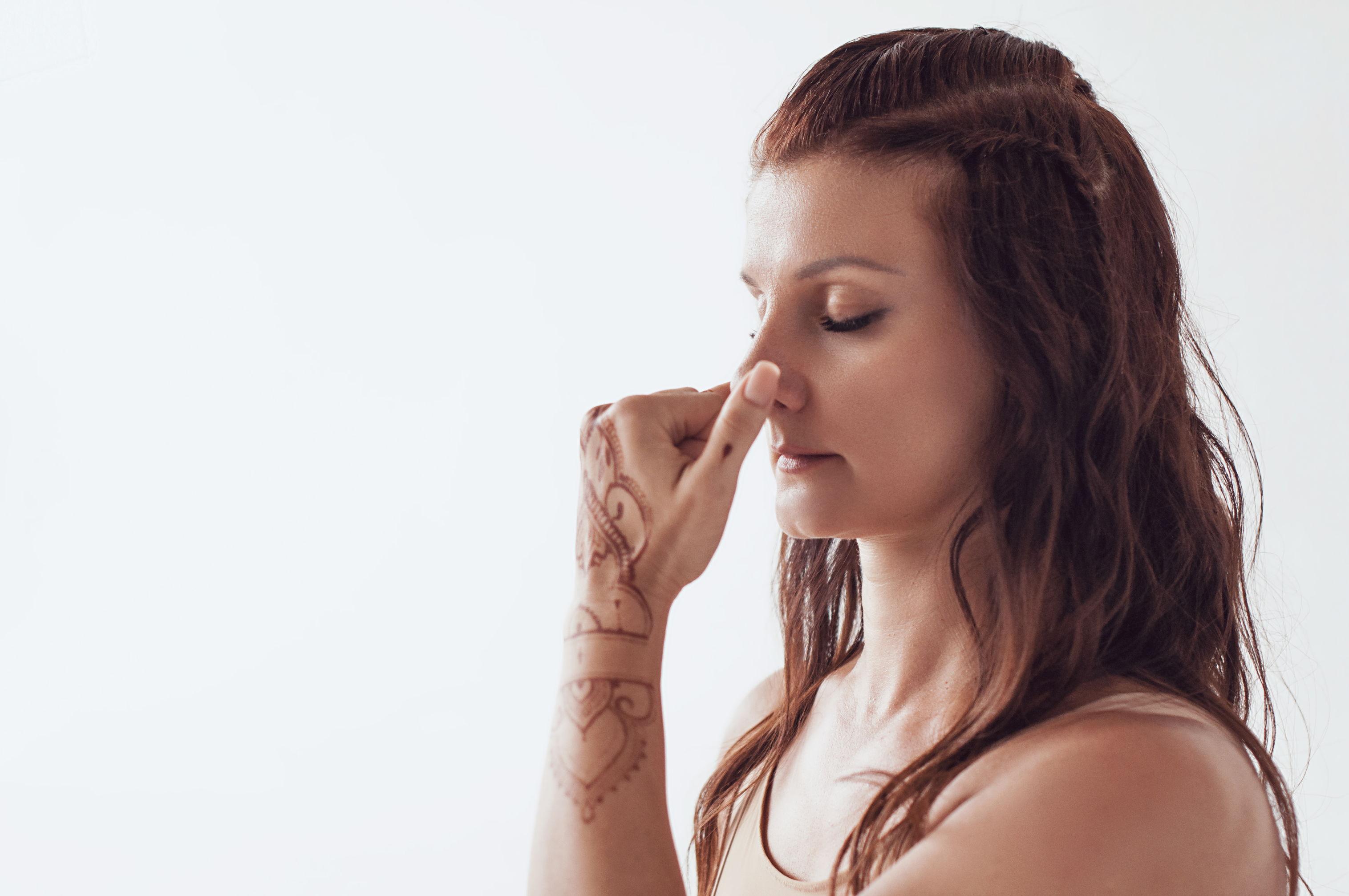 Взаимосвязь между контролем дыхания и эмоций